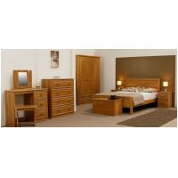 01    Bedroom Collection in Pippy Oak